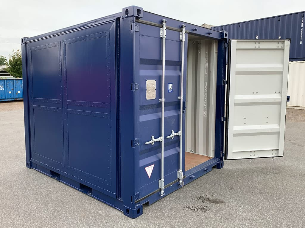 Brand new 10 ft container with side opening. Call +45 70231380 for price.